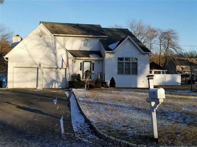 461 Cottrell Road, Old Bridge, NJ - USA (photo 1)