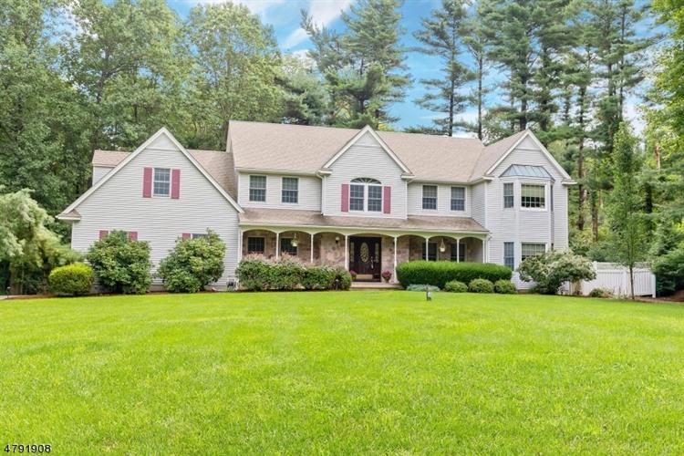 780 Backhus Estate Rd, Glen Gardner, NJ - USA (photo 1)