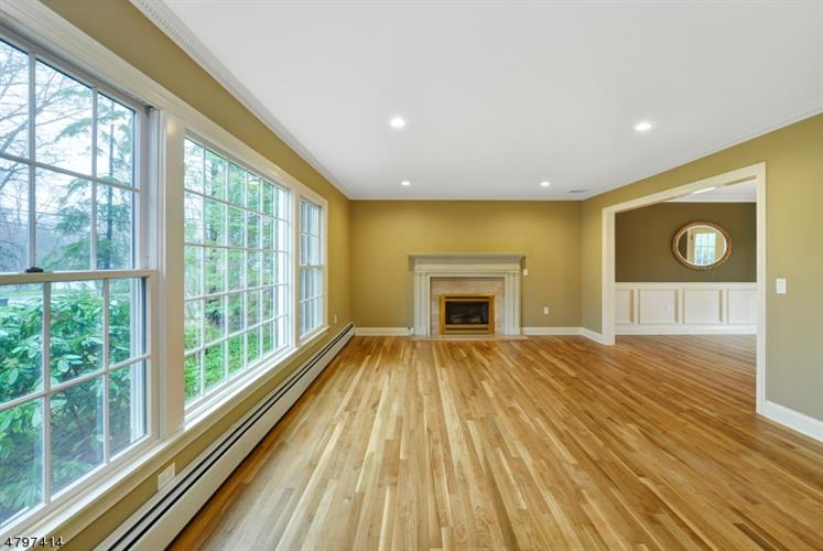 31 Murphy Cir, Florham Park, NJ - USA (photo 3)