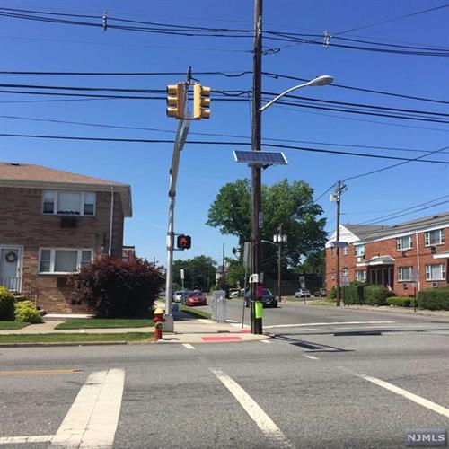 323 Crooks Avenue, Unit 10 10, Paterson, NJ - USA (photo 3)