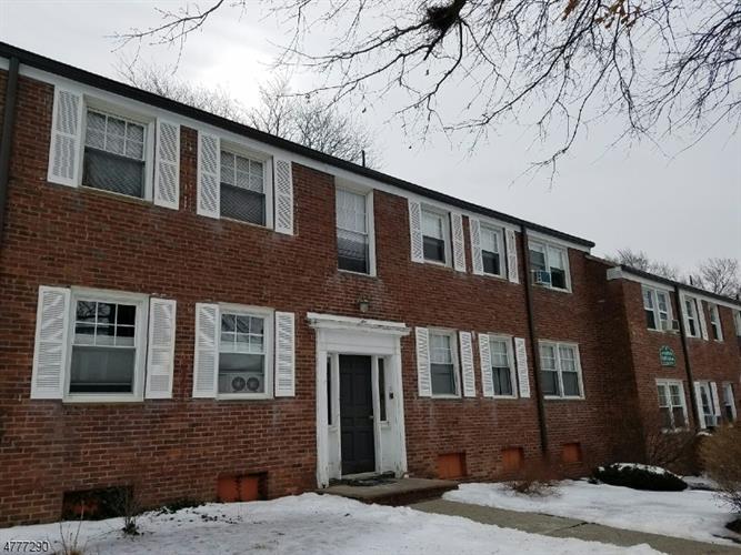 349 Bloomfield Ave, 13, Verona, NJ - USA (photo 1)