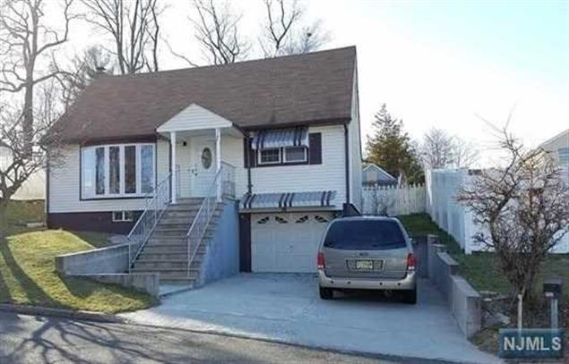 144 Carver Avenue, Westwood, NJ - USA (photo 1)