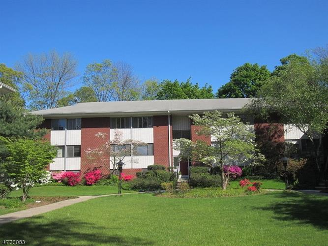 73d Leland Ave 73d, Plainfield, NJ - USA (photo 1)