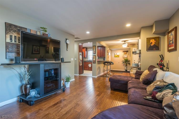 31 Absecon Rd, Parsippany, NJ - USA (photo 5)