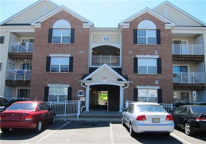 1314 Fernwood Court 1314, New Brunswick, NJ - USA (photo 1)