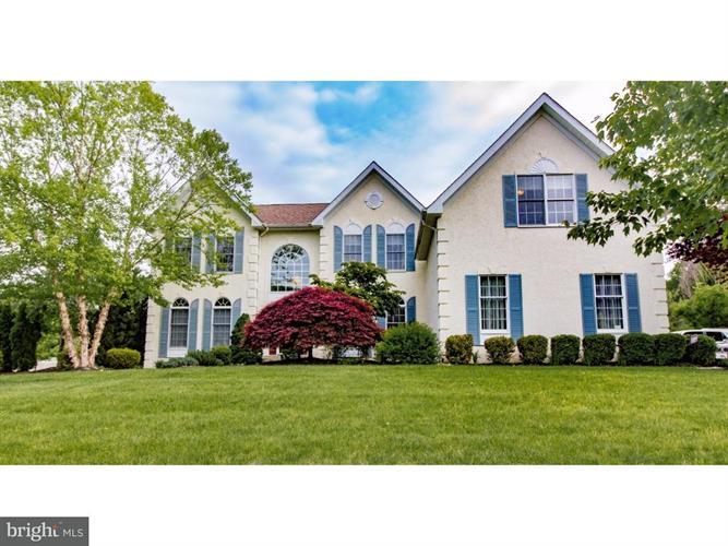 600 Amberwood Drive, Yardley, PA - USA (photo 1)