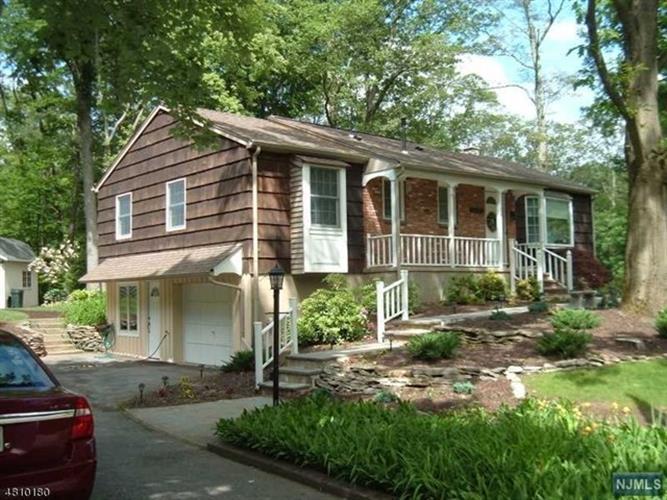 36 Old Milford Lane, West Milford, NJ - USA (photo 1)