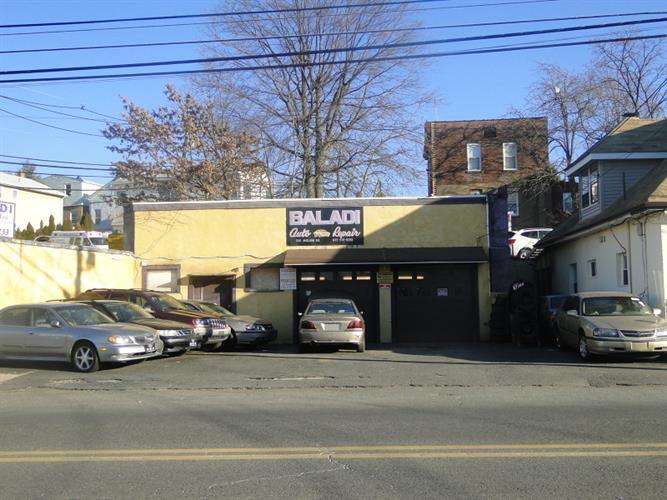 332 Midland Ave, Garfield, NJ - USA (photo 2)