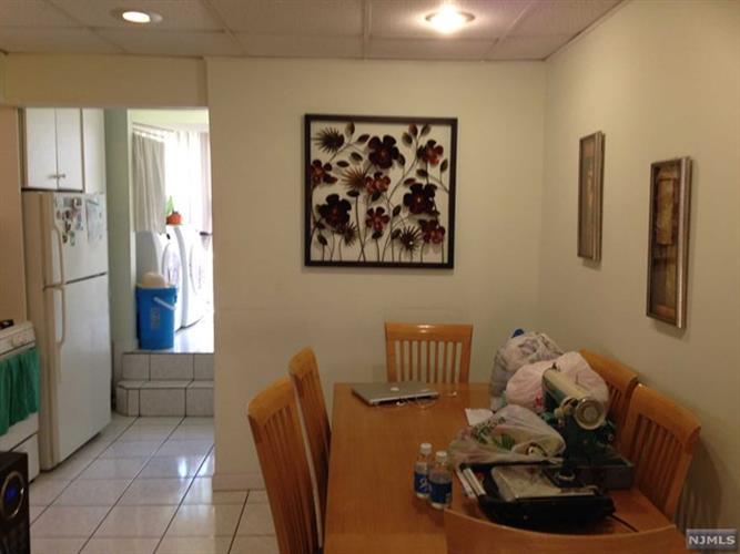 274 Delano Place, Fairview, NJ - USA (photo 3)