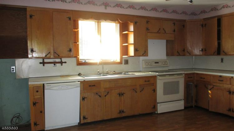 92 Koclas Dr, Netcong, NJ - USA (photo 2)