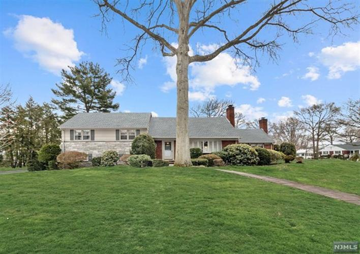 32 Lowell Road, Glen Rock, NJ - USA (photo 2)