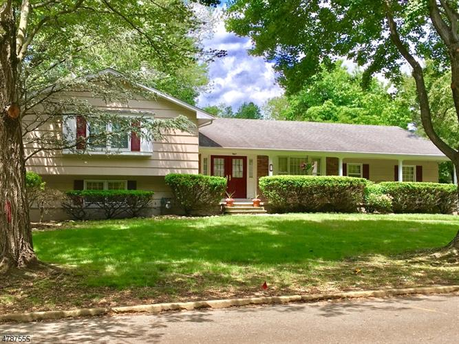 21 Indian Valley Rd, Ramsey, NJ - USA (photo 2)