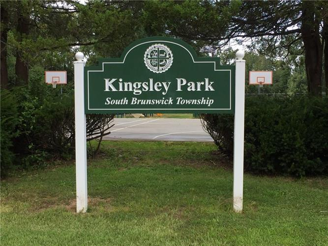 19 Kingsley Road, Kendall Park, NJ - USA (photo 5)