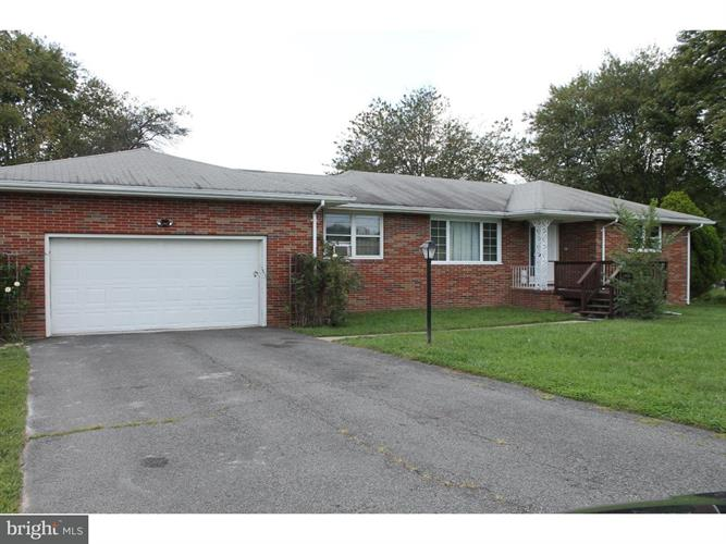327 Gravel Hill Road, Monroe Township, NJ - USA (photo 3)