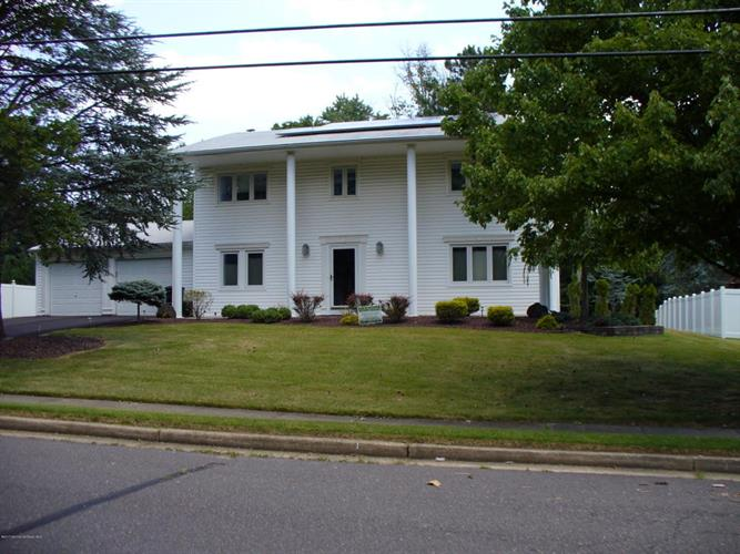 11 St Lawrence Way, Marlboro, NJ - USA (photo 2)