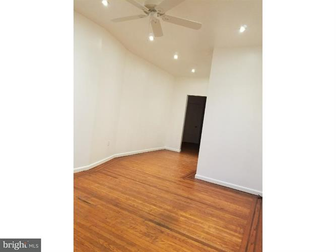 5804 Springfield Avenue 1st Fl, Philadelphia, PA - USA (photo 1)