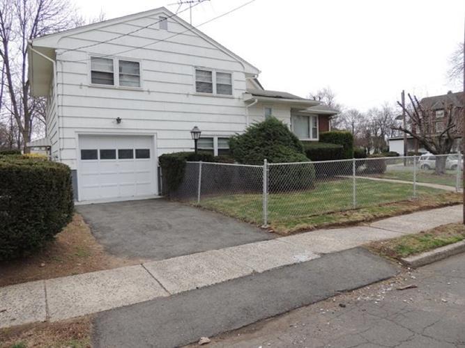 131-33 Netherwood Ave, Plainfield, NJ - USA (photo 2)