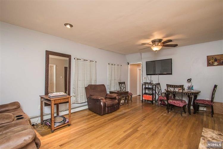 109 Home Pl, Lodi, NJ - USA (photo 3)