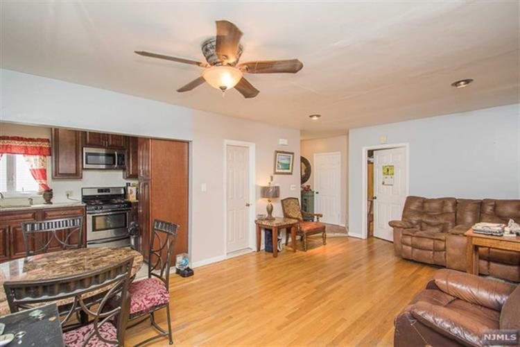109 Home Pl, Lodi, NJ - USA (photo 4)