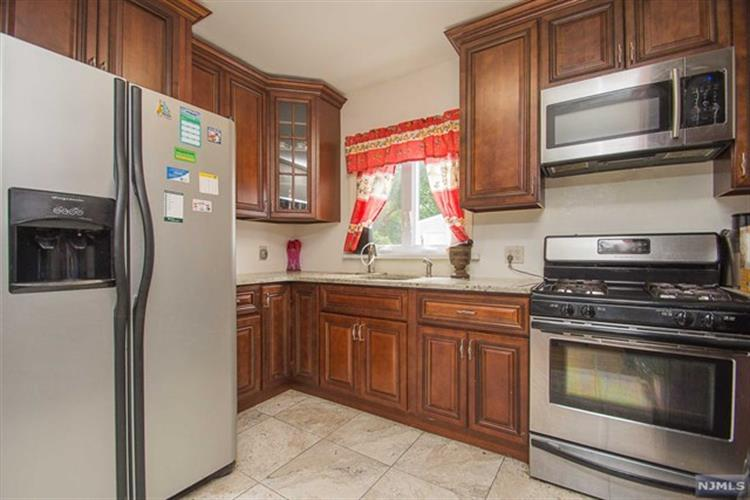 109 Home Pl, Lodi, NJ - USA (photo 5)