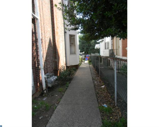 916 W Marshall St, Norristown, PA - USA (photo 3)