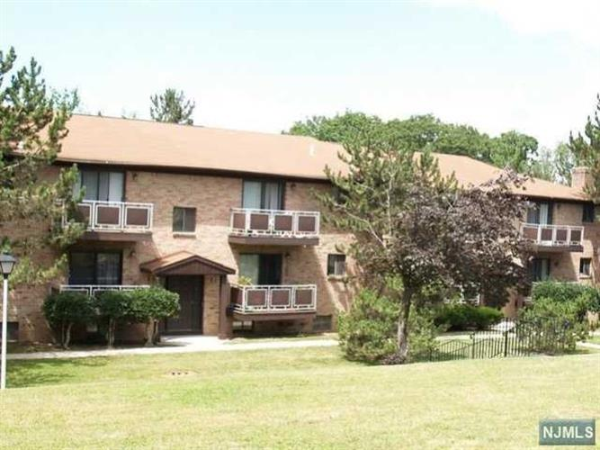 102 Bellgrove Drive, Unit #3a 3a, Mahwah, NJ - USA (photo 1)