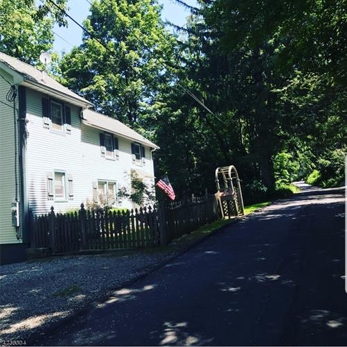 15 Laceytown, Hardyston, NJ - USA (photo 1)