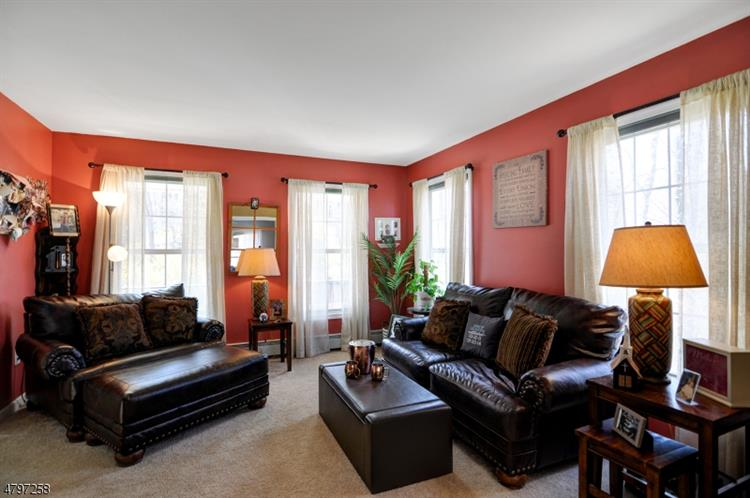 23 Glen Cove Rd, Andover, NJ - USA (photo 4)