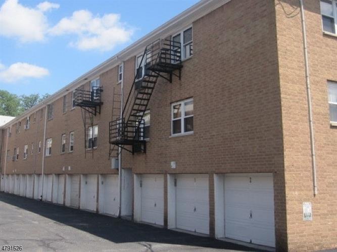 725 Joralemon St, Unit 190 190, Belleville, NJ - USA (photo 2)