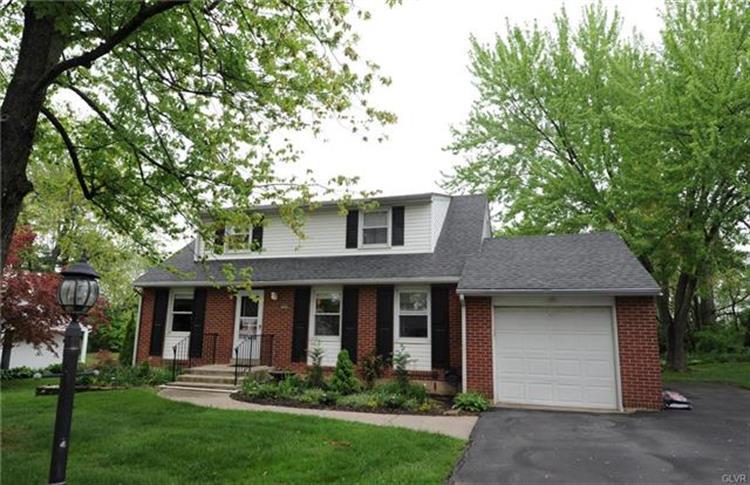 5849 Shepherd Hills Avenue, Allentown, PA - USA (photo 1)