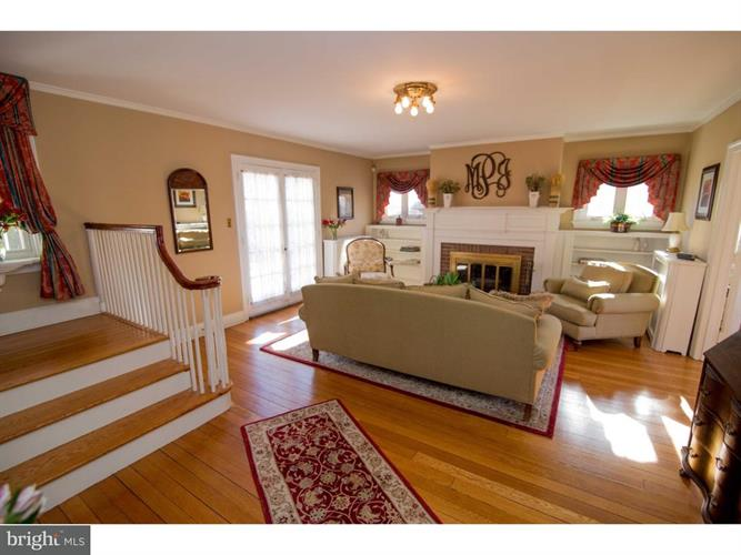 2512 Hillcrest Road, Drexel Hill, PA - USA (photo 3)
