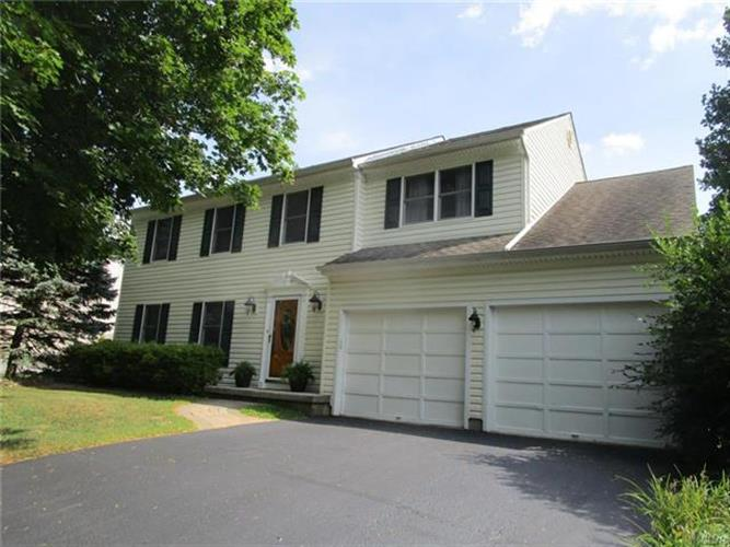 2366 South Pewter Drive, Macungie, PA - USA (photo 1)