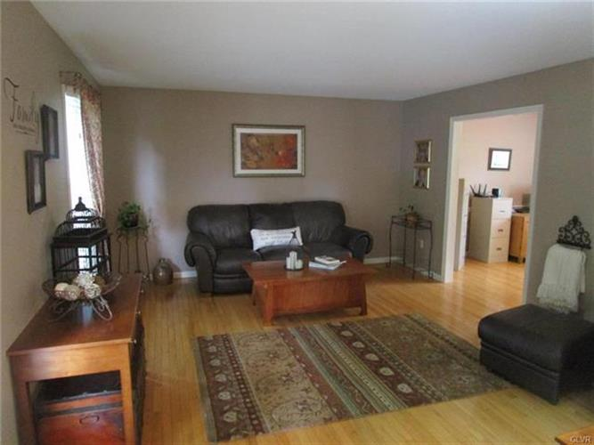 2366 South Pewter Drive, Macungie, PA - USA (photo 2)