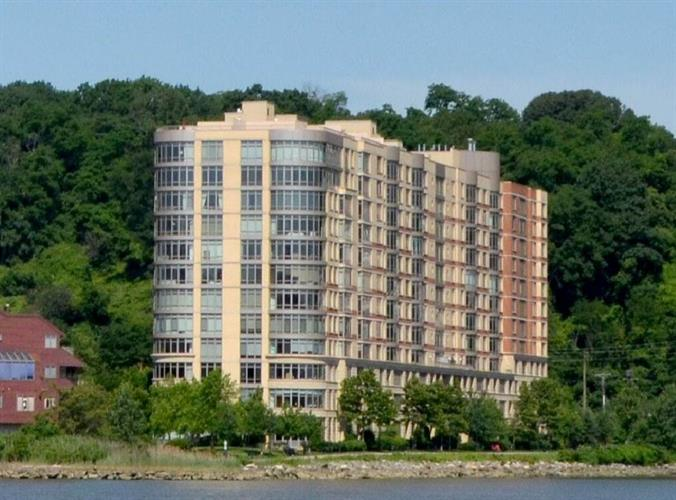 8100 River Rd 609, North Bergen, NJ - USA (photo 1)