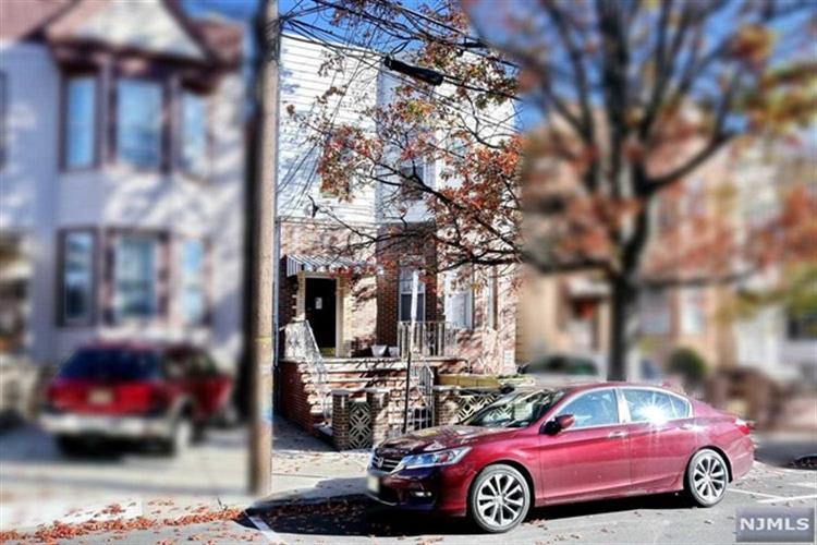 314 19th Street, Unit #4 4, Union City, NJ - USA (photo 1)