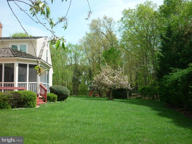 15435 Eagle Tavern Lane, Centreville, VA - USA (photo 2)