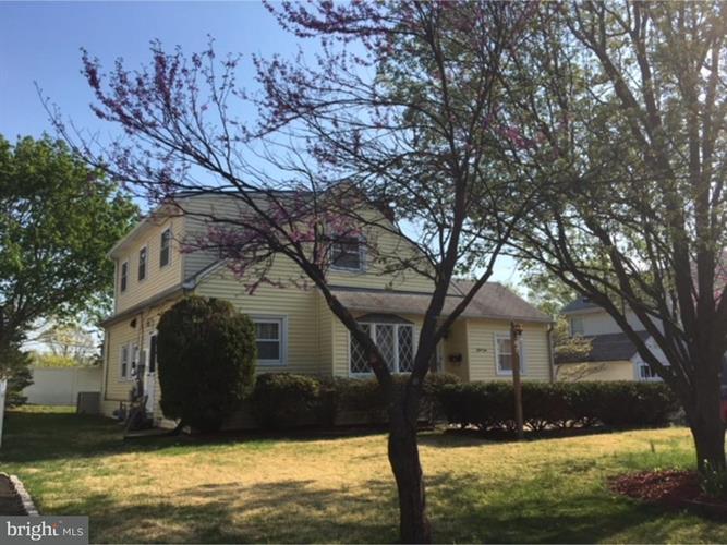 310 Central Avenue, Hatboro, PA - USA (photo 2)