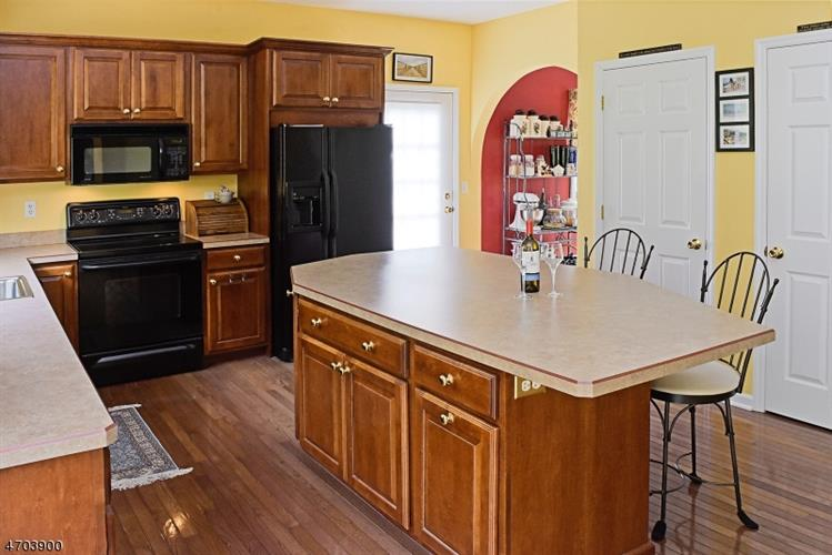 571 Houses Corner Rd, Sparta, NJ - USA (photo 5)