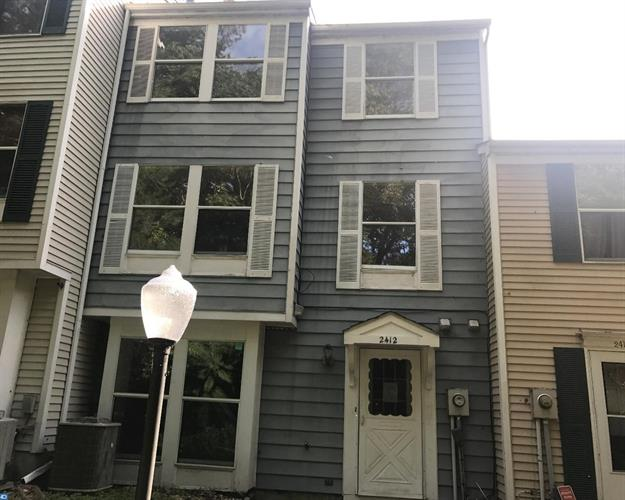 2412 Greenwood Dr, Lindenwold, NJ - USA (photo 1)