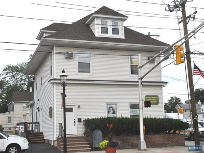 144 Paris Ave, Northvale, NJ - USA (photo 1)