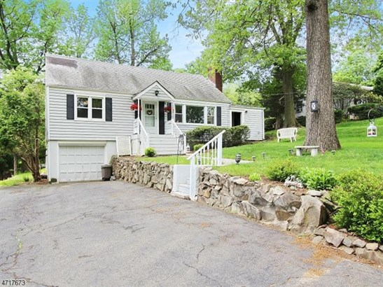 16 Colony Dr, North Caldwell, NJ - USA (photo 2)