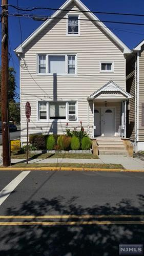 61 Keasler Ave, Lodi, NJ - USA (photo 1)