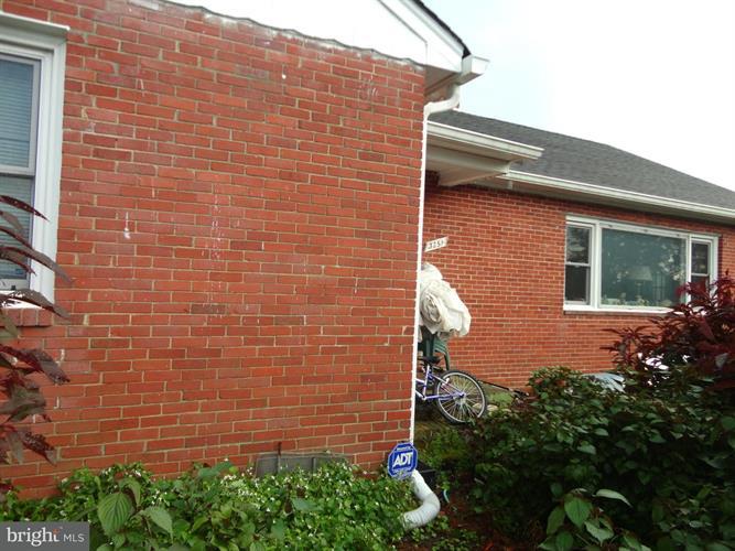 3251 Annandale Road, Falls Church, VA - USA (photo 5)