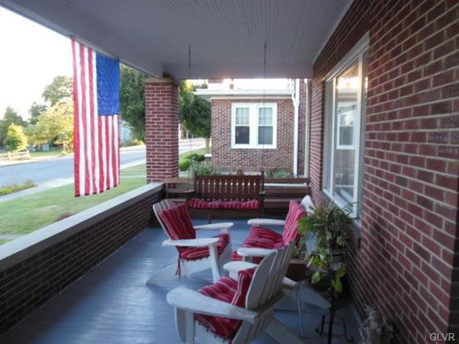 816 Mahoning Street, Lehighton, PA - USA (photo 3)