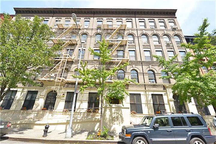 51 West 131st Street 1-g, New York, NY - USA (photo 2)