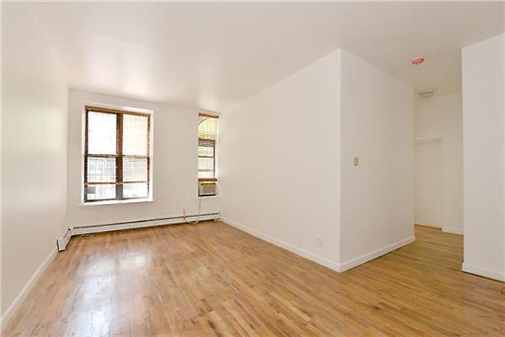 51 West 131st Street 1-g, New York, NY - USA (photo 4)