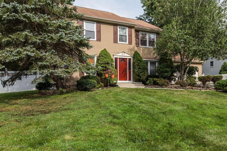 27 Marc Drive, Marlboro, NJ - USA (photo 2)