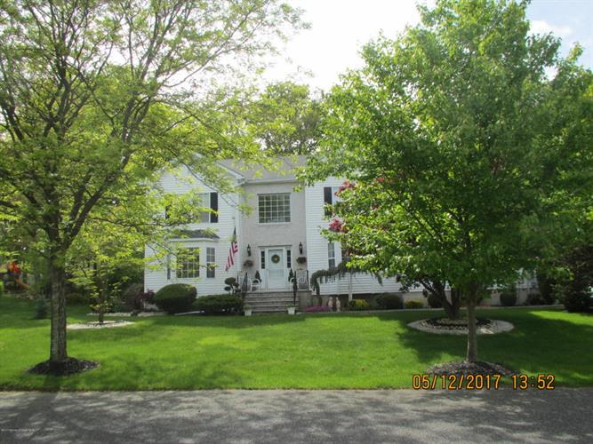 2 Hanna Drive, Lakewood, NJ - USA (photo 2)