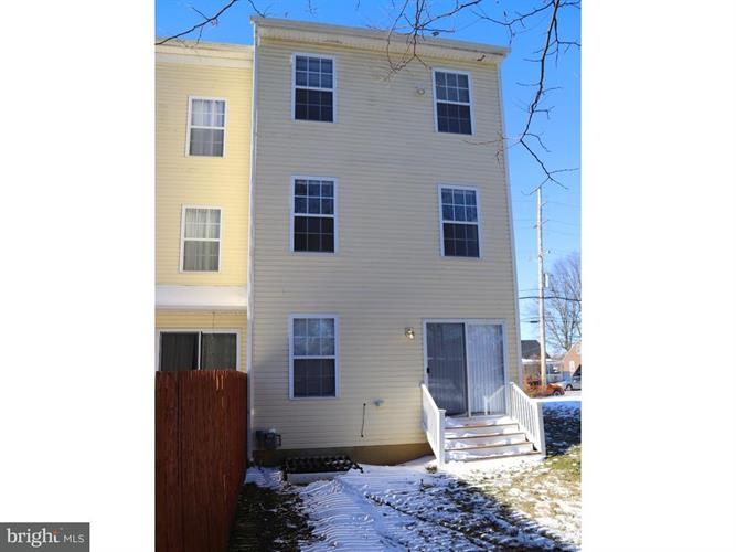 529 Center Street, Kennett Square, PA - USA (photo 3)