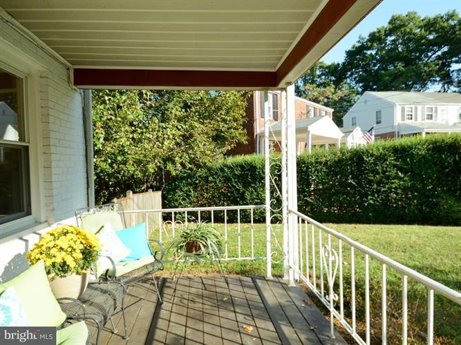 5806 Edgehill Drive, Alexandria, VA - USA (photo 5)